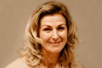 Frisch gewählte Gemeinderätin Schneider freut sich über klaren Sieg